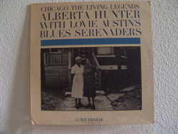 Bild zu wiht Lovie Austins Blues Serenaders von Alberta Hunter